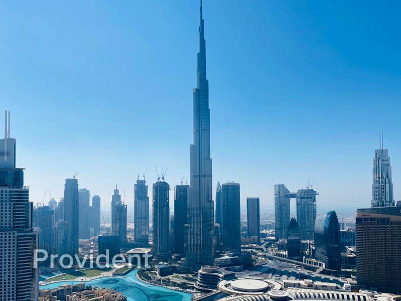 Burj Khalifa & Fountain View l Higher floor