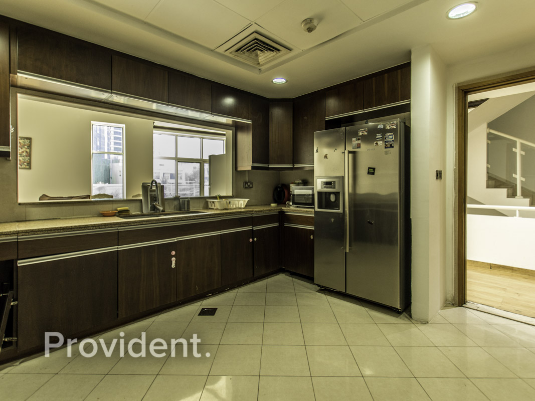Fully Upgraded 3BR | Full Marina View | For Sell