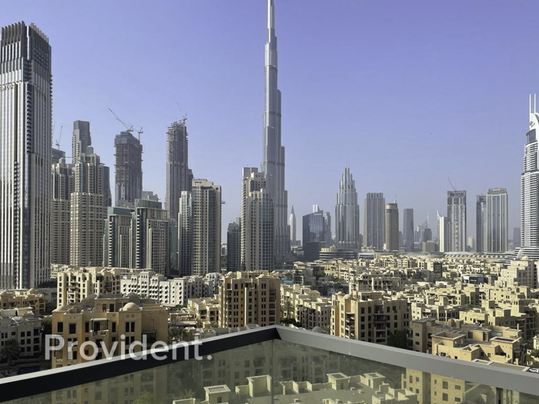 Magnificent Views   Bright & Spacious   Luxury