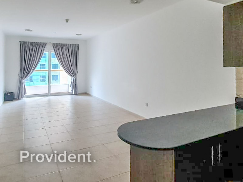 Exclusive | Spacious and Well Maintained Apartment