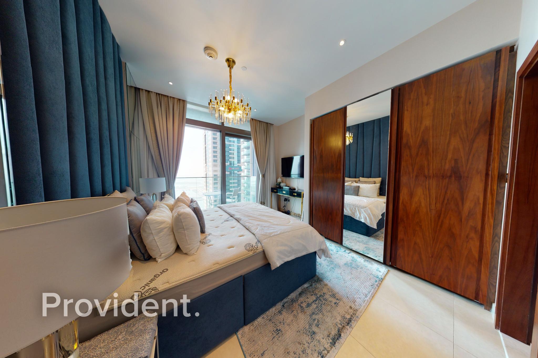 Corner 3BR+Maids Furnished FullMarina View AC Free