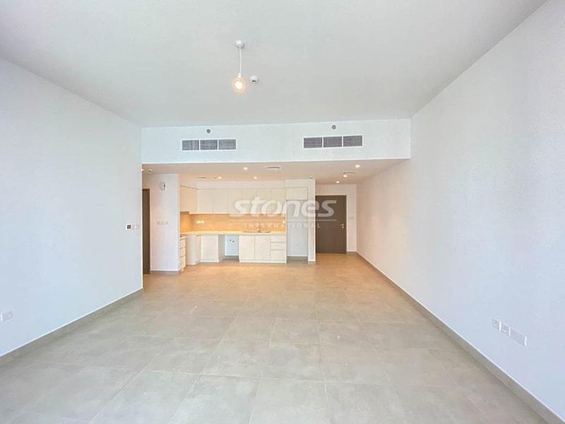 Brand new I Mid Floor I Beautiful Community