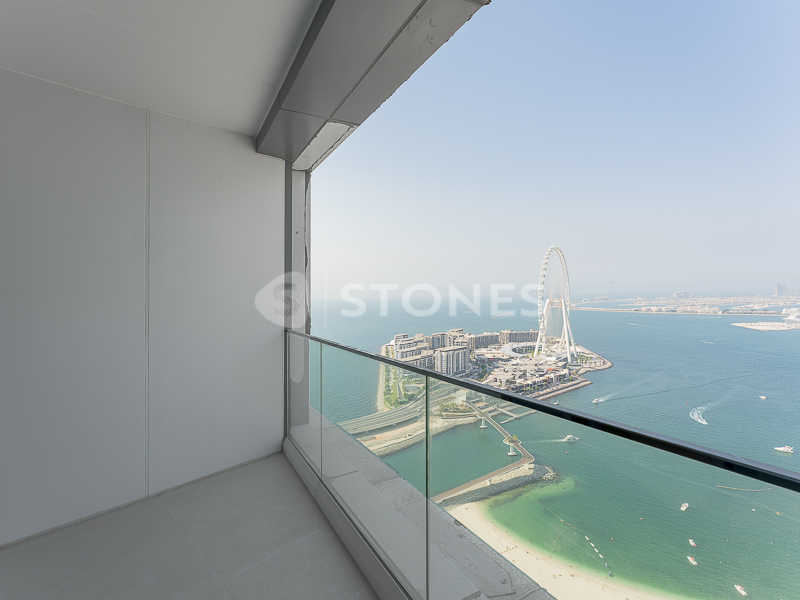 Luxury Apartment with Beautiful Sea View