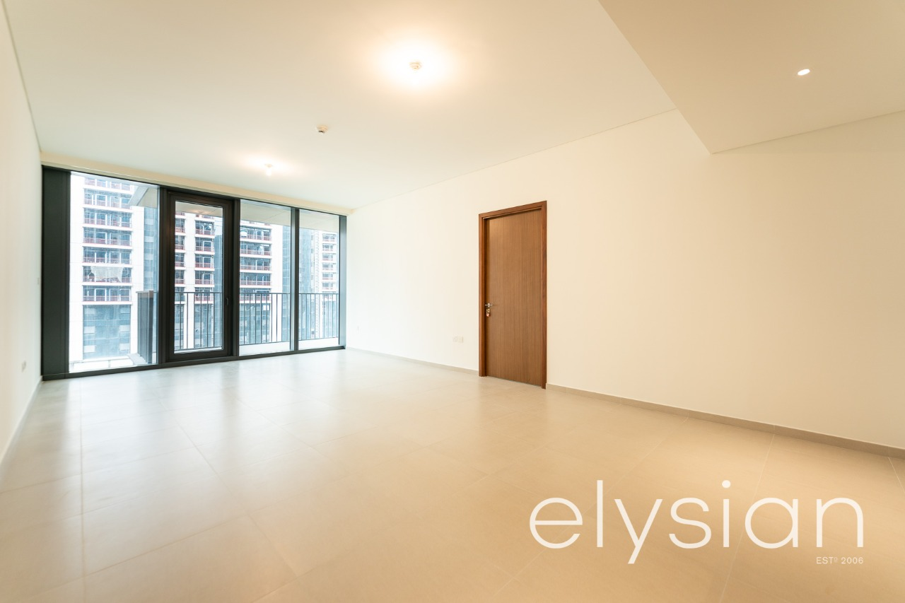 Best Property Modern   Brand New Building   Prime Location