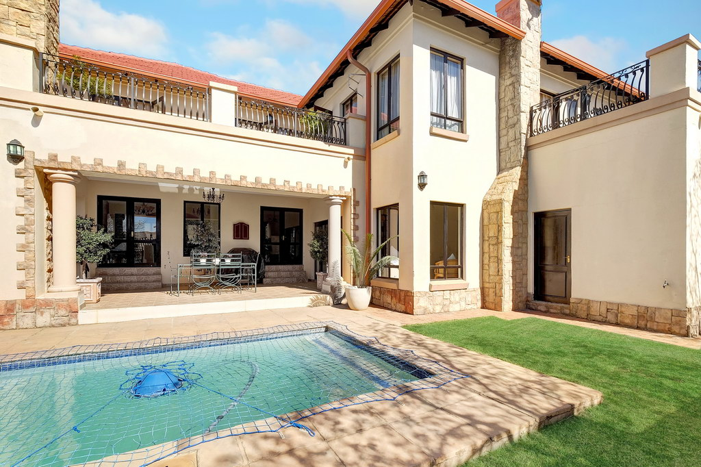 4 Bedroom House for sale in Fourways LH-1847 : photo#18