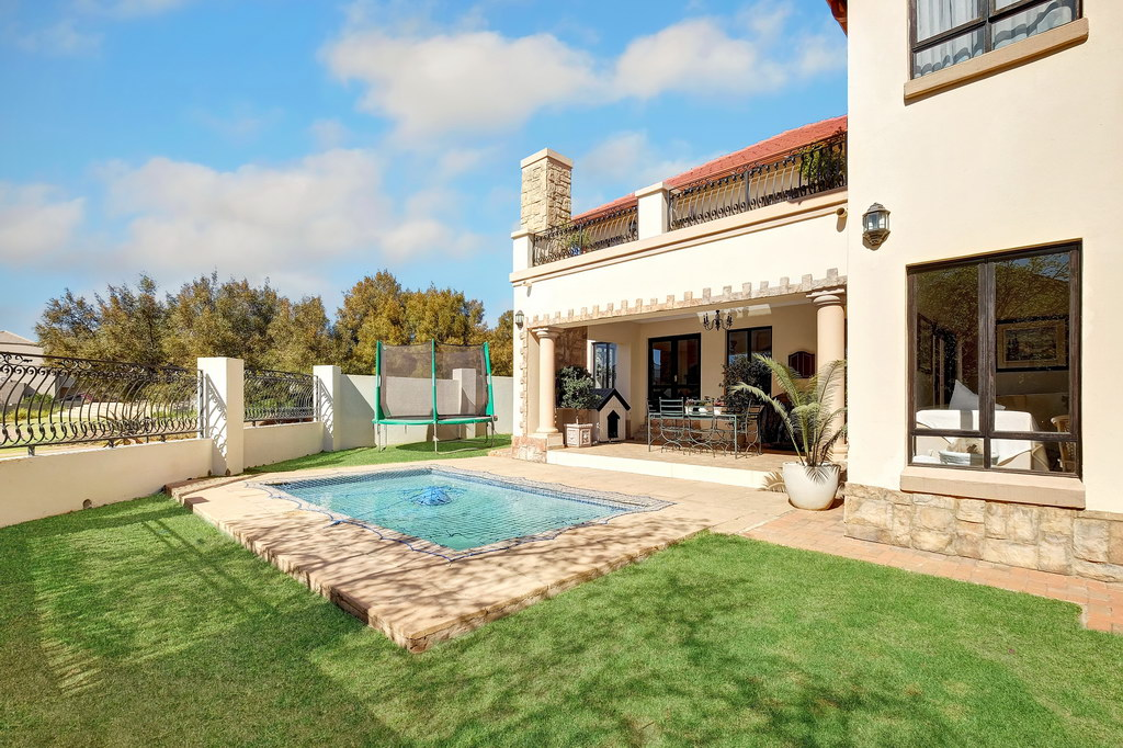 4 Bedroom House for sale in Fourways LH-1847 : photo#19