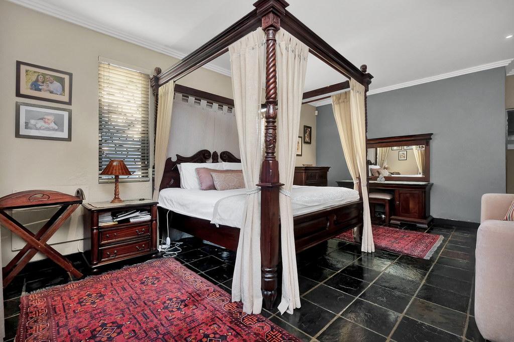 3 Bedroom House for sale in Parkhurst LH-1983 : photo#9