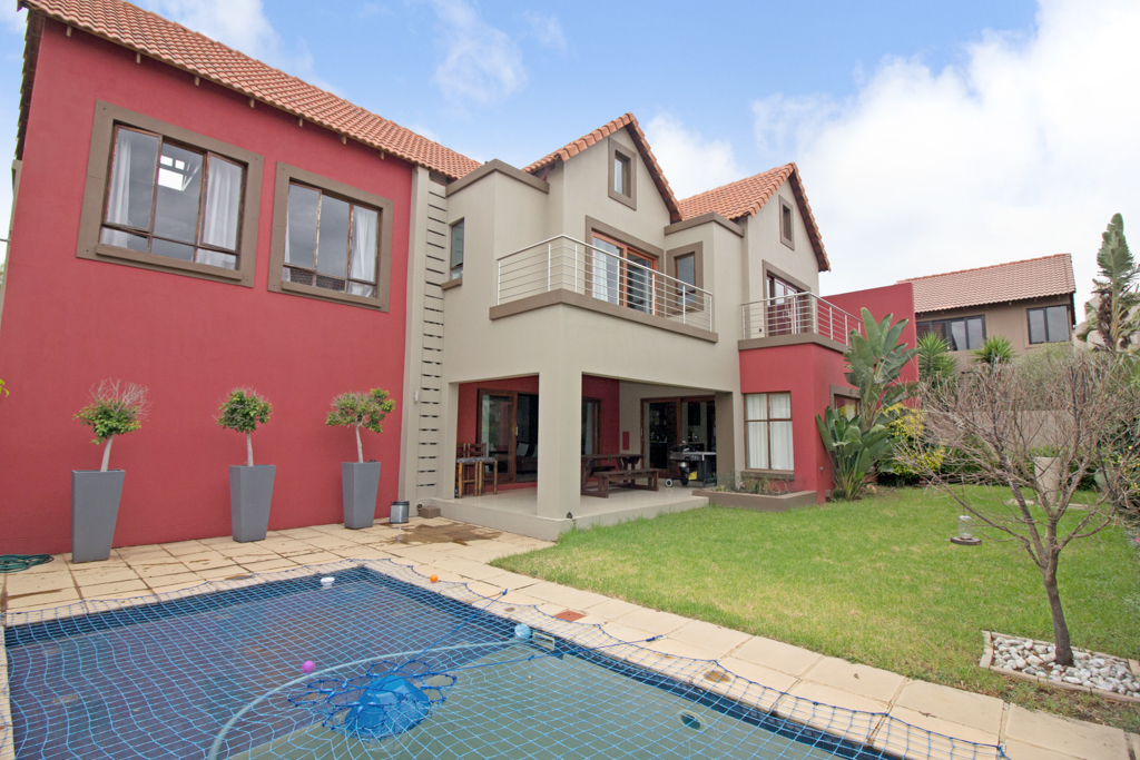 3 BedroomHouse For Sale In Broadacres