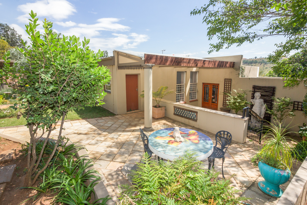 3 BedroomHouse For Sale In Range View
