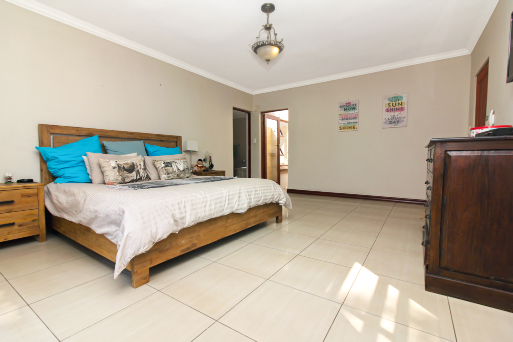 4 Bedroom House for sale in Fourways LH-2839 : photo#12