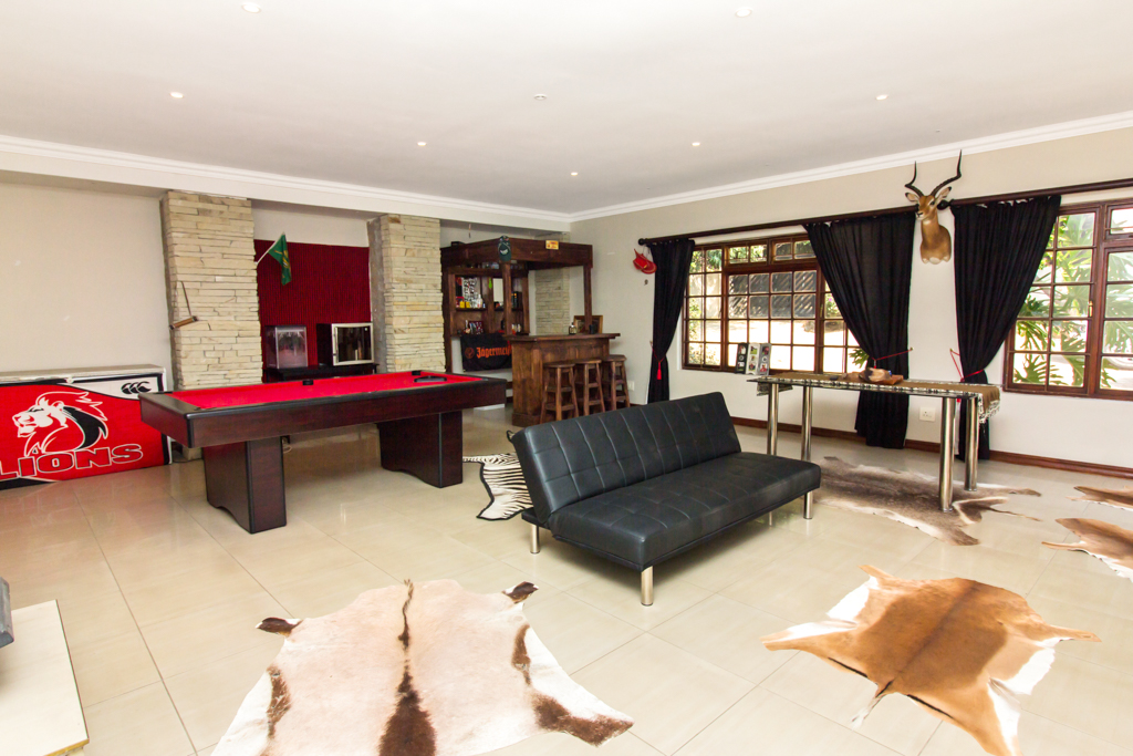 4 Bedroom House for sale in Fourways LH-2839 : photo#9