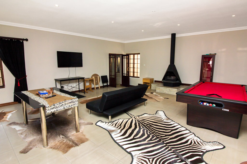 4 Bedroom House for sale in Fourways LH-2839 : photo#8