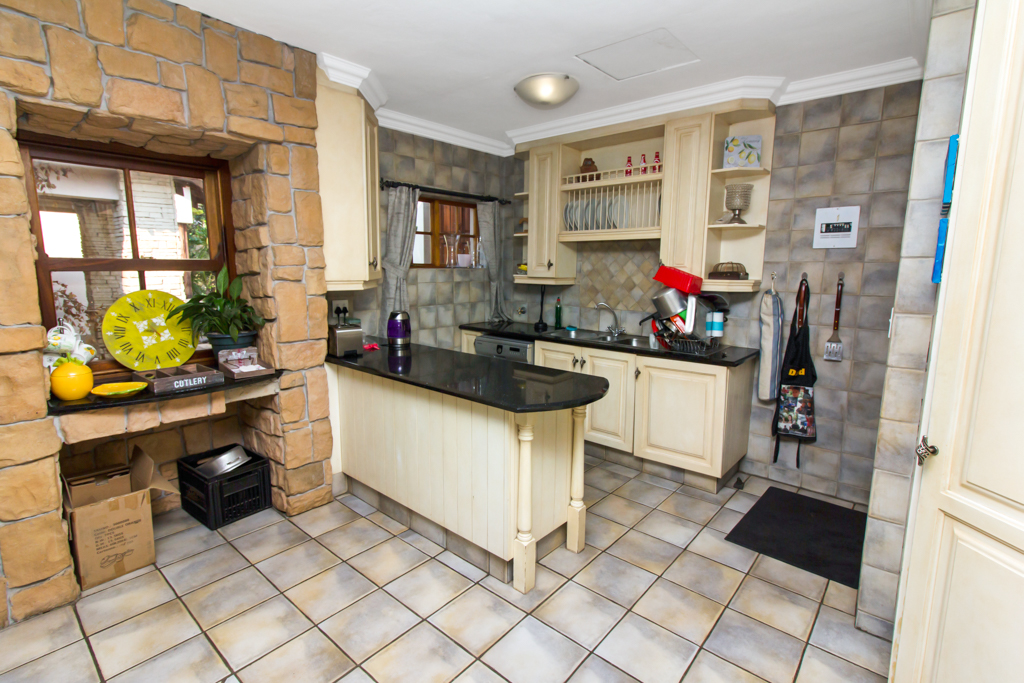 4 Bedroom House for sale in Fourways LH-2839 : photo#6