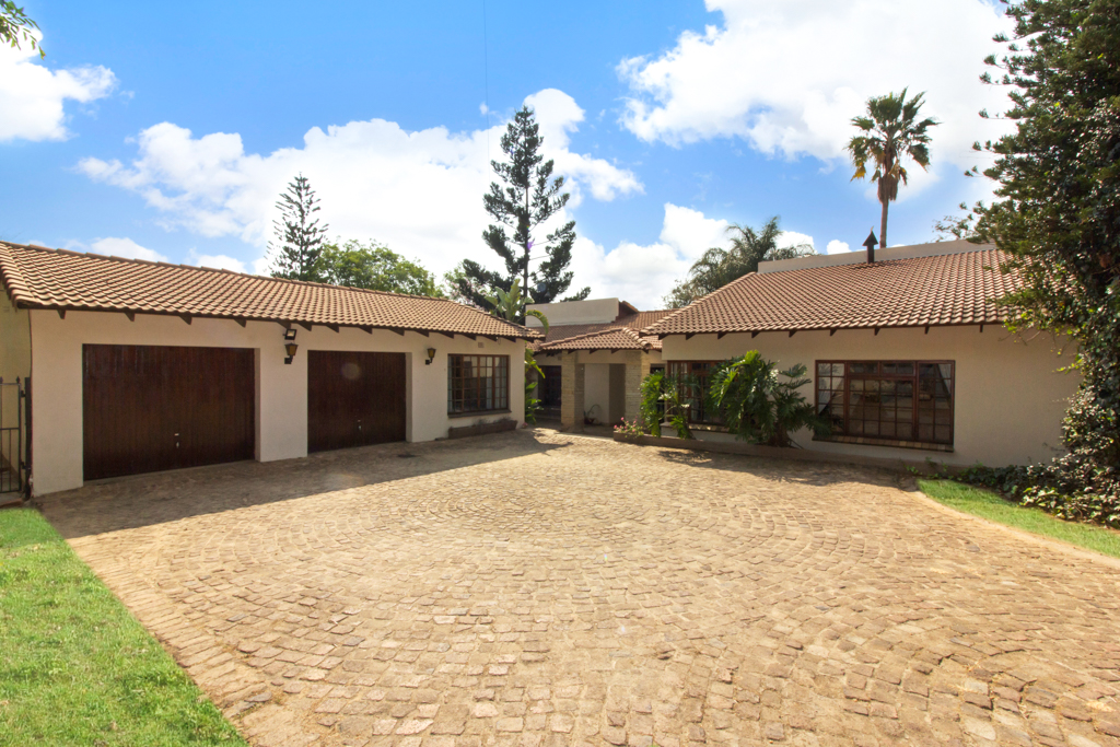 4 Bedroom House for sale in Fourways LH-2839 : photo#1