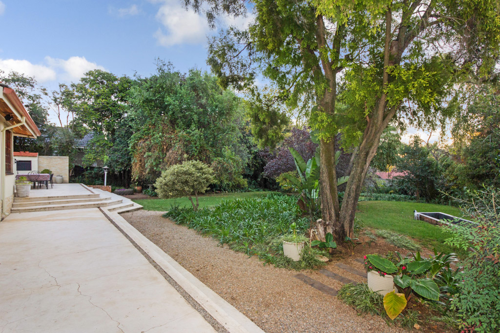 8 Bedroom House for sale in Northcliff LH-2961 : photo#25