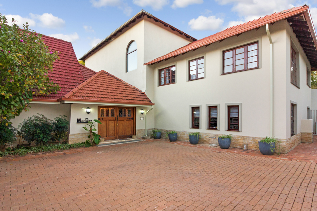 8 Bedroom House for sale in Northcliff LH-2961 : photo#0