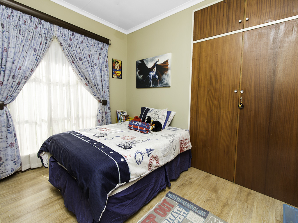 4 Bedroom House for sale in Eldoraigne LH-3753 : photo#16