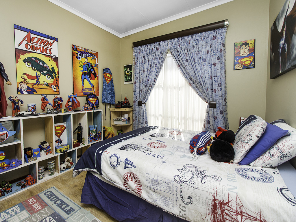 4 Bedroom House for sale in Eldoraigne LH-3753 : photo#15