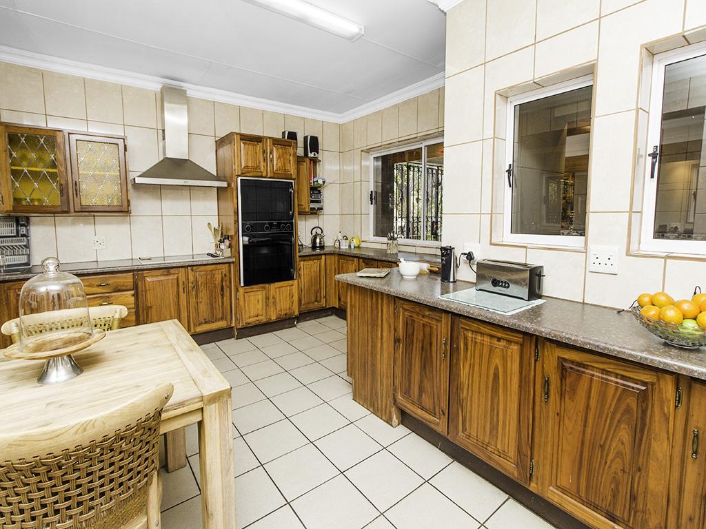 4 Bedroom House for sale in Eldoraigne LH-3753 : photo#8