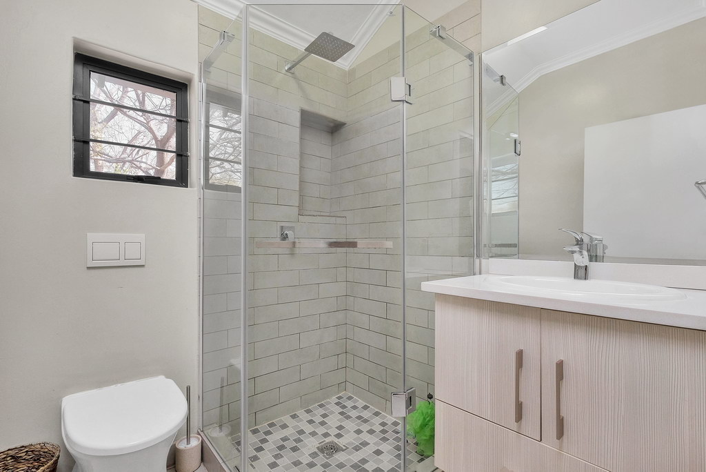 4 Bedroom House for sale in Parkmore LH-3809 : photo#13