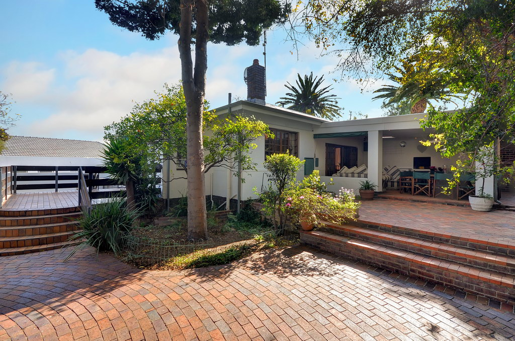 5 Bedroom House for sale in Craighall Park LH-4044 : photo#18