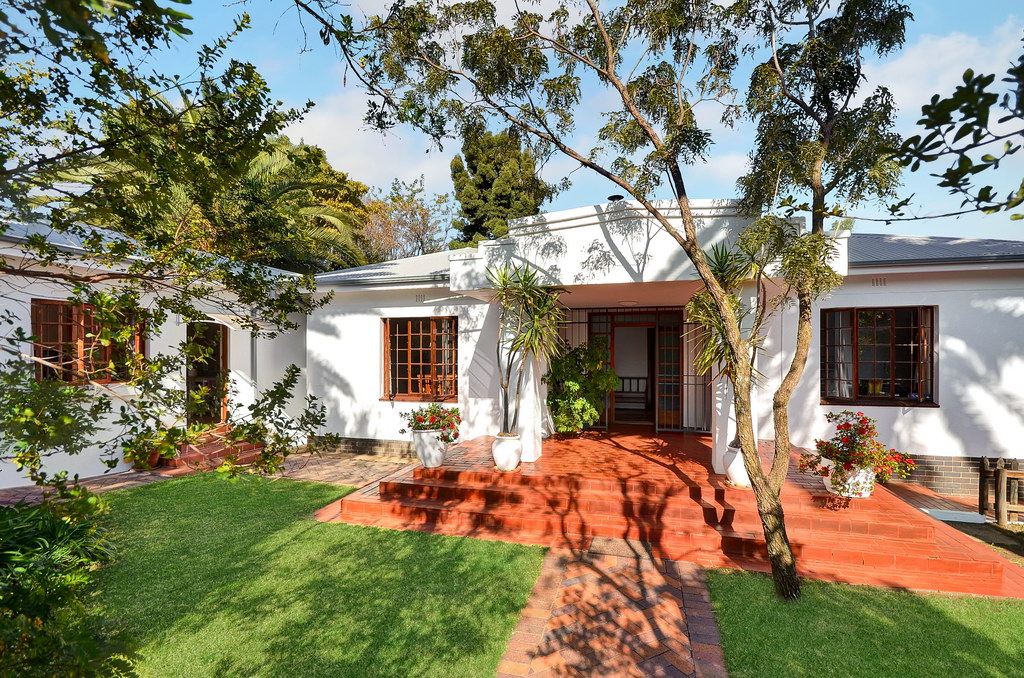 5 Bedroom House for sale in Craighall Park LH-4044 : photo#0