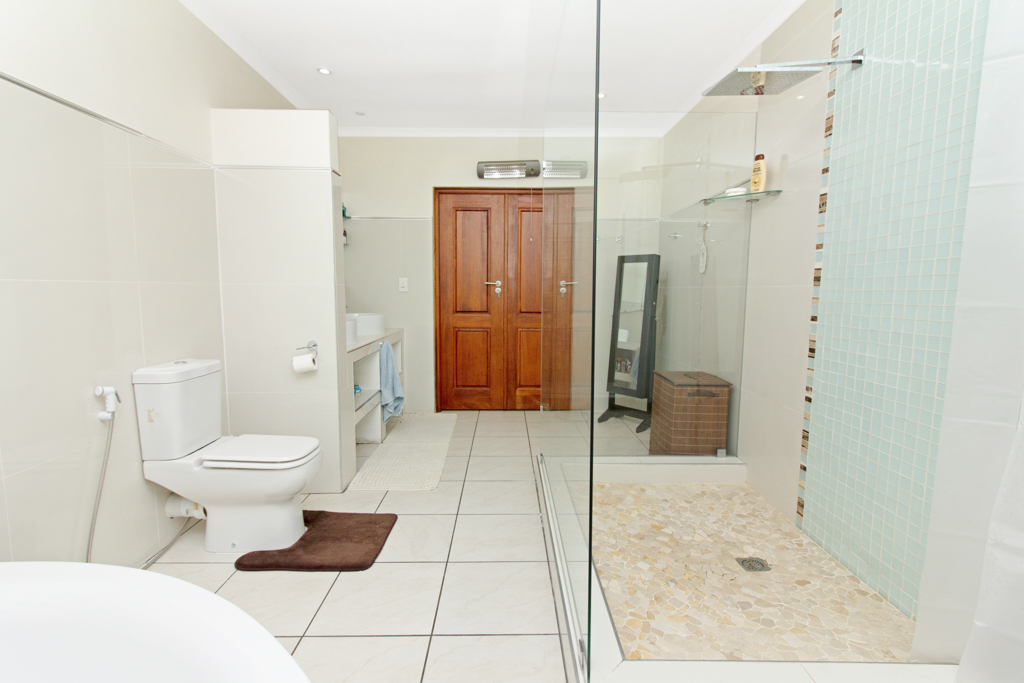 4 Bedroom House for sale in Fourways LH-4058 : photo#14