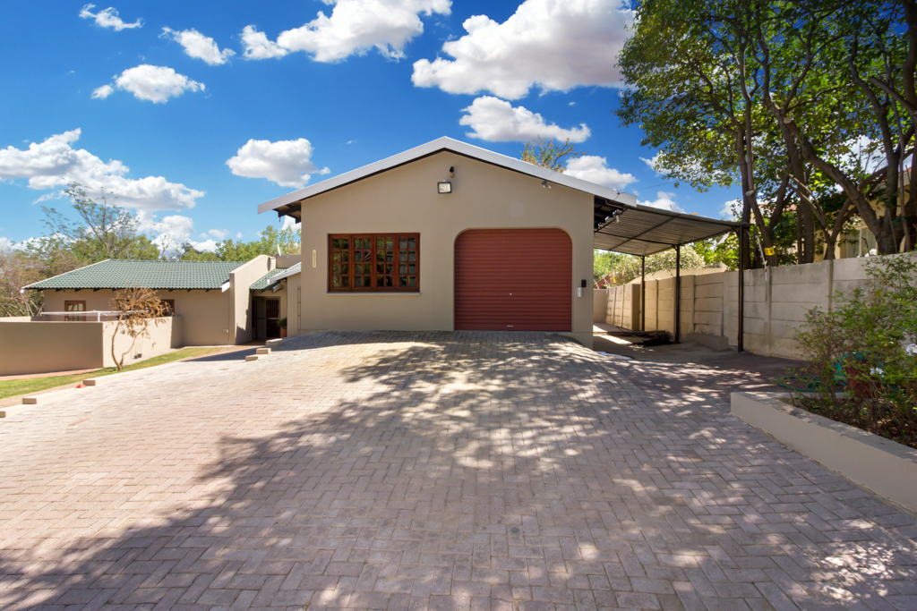 4 Bedroom House for sale in Fourways LH-4058 : photo#28