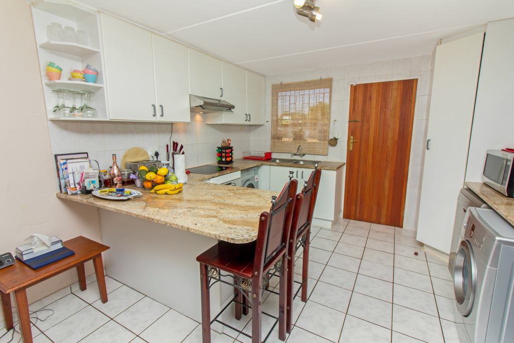 3 Bedroom Townhouse for sale in Radiokop LH-4060 : photo#4