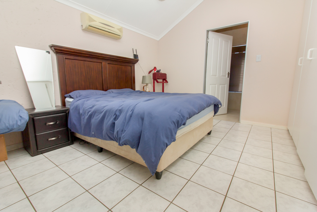 3 Bedroom Townhouse for sale in Radiokop LH-4060 : photo#9