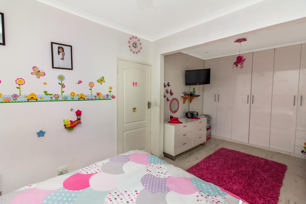 3 Bedroom House for sale in Elandspark LH-4809 : photo#16