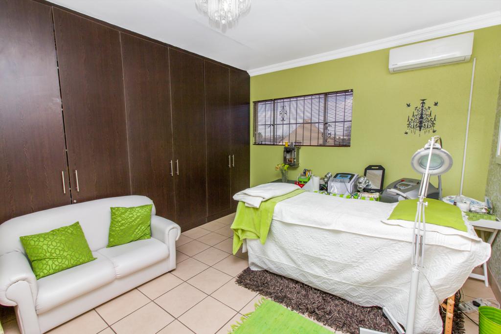 3 Bedroom House for sale in Elandspark LH-4809 : photo#20