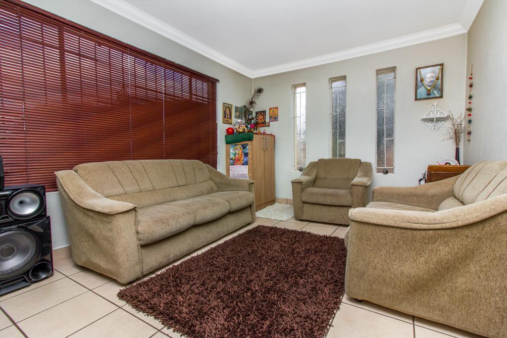 3 Bedroom House for sale in Elandspark LH-4809 : photo#3