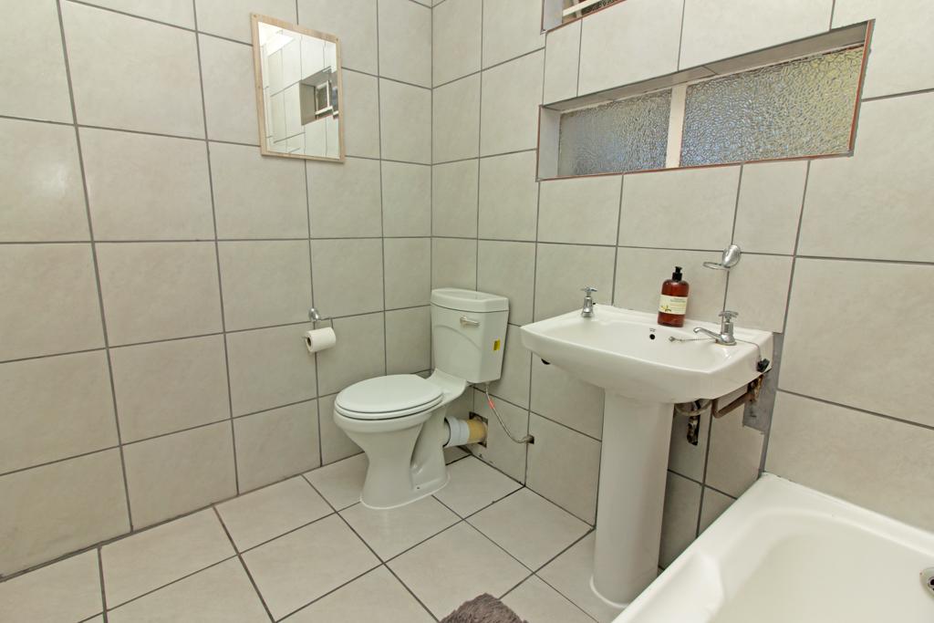 3 Bedroom House pending sale in Elandspark LH-4826 : photo#18