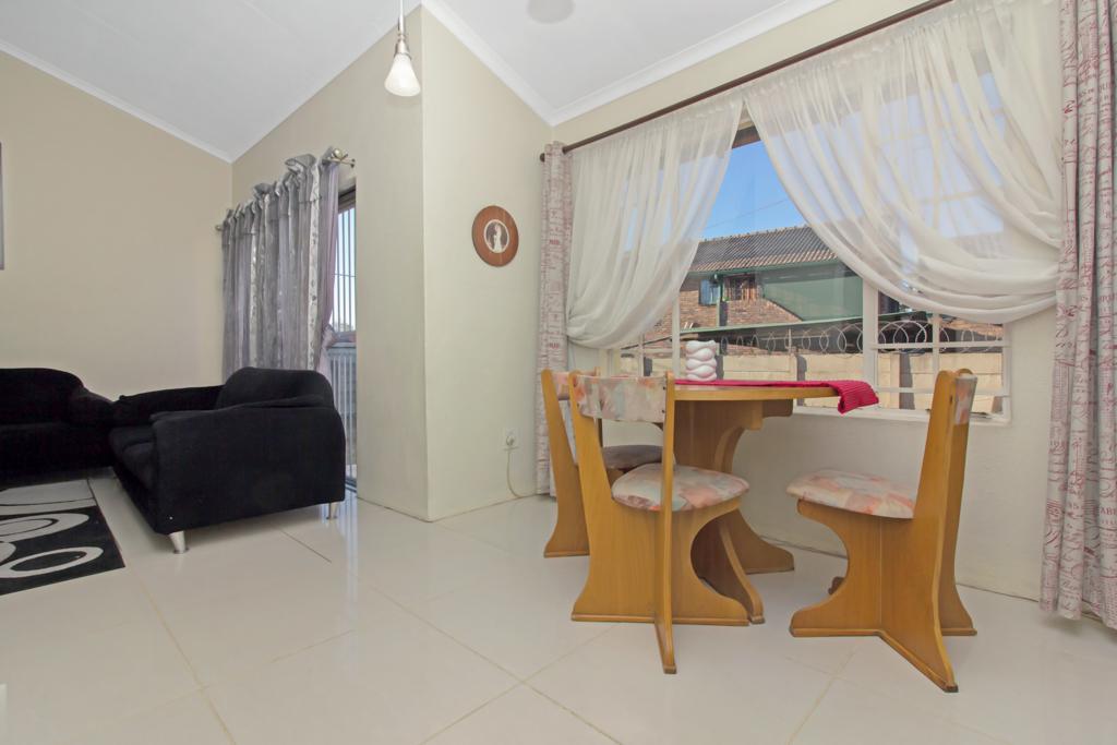 3 Bedroom House pending sale in Elandspark LH-4826 : photo#4