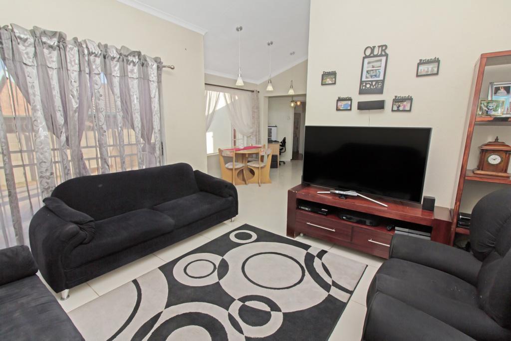 3 Bedroom House pending sale in Elandspark LH-4826 : photo#2
