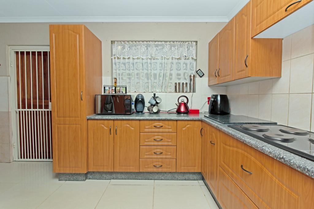 3 Bedroom House pending sale in Elandspark LH-4826 : photo#5