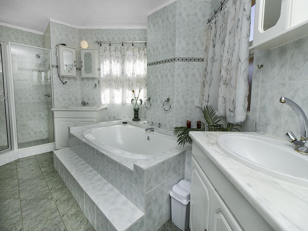 5 Bedroom House for sale in Eldoraigne LH-4829 : photo#22