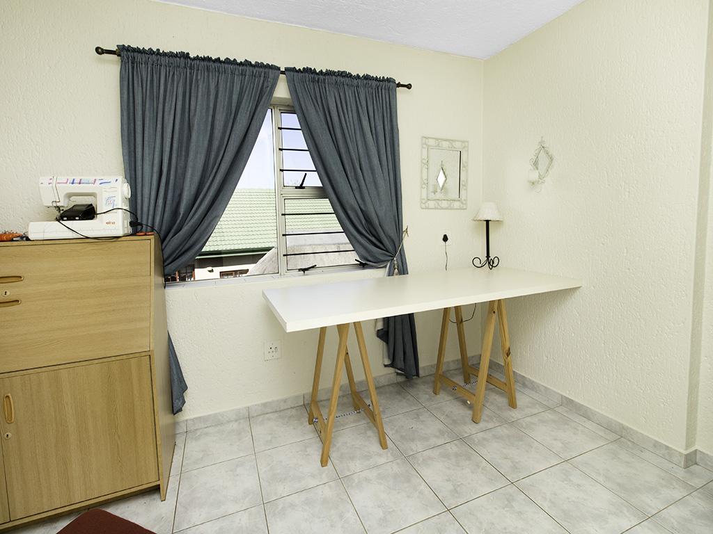 5 Bedroom House for sale in Eldoraigne LH-4829 : photo#31