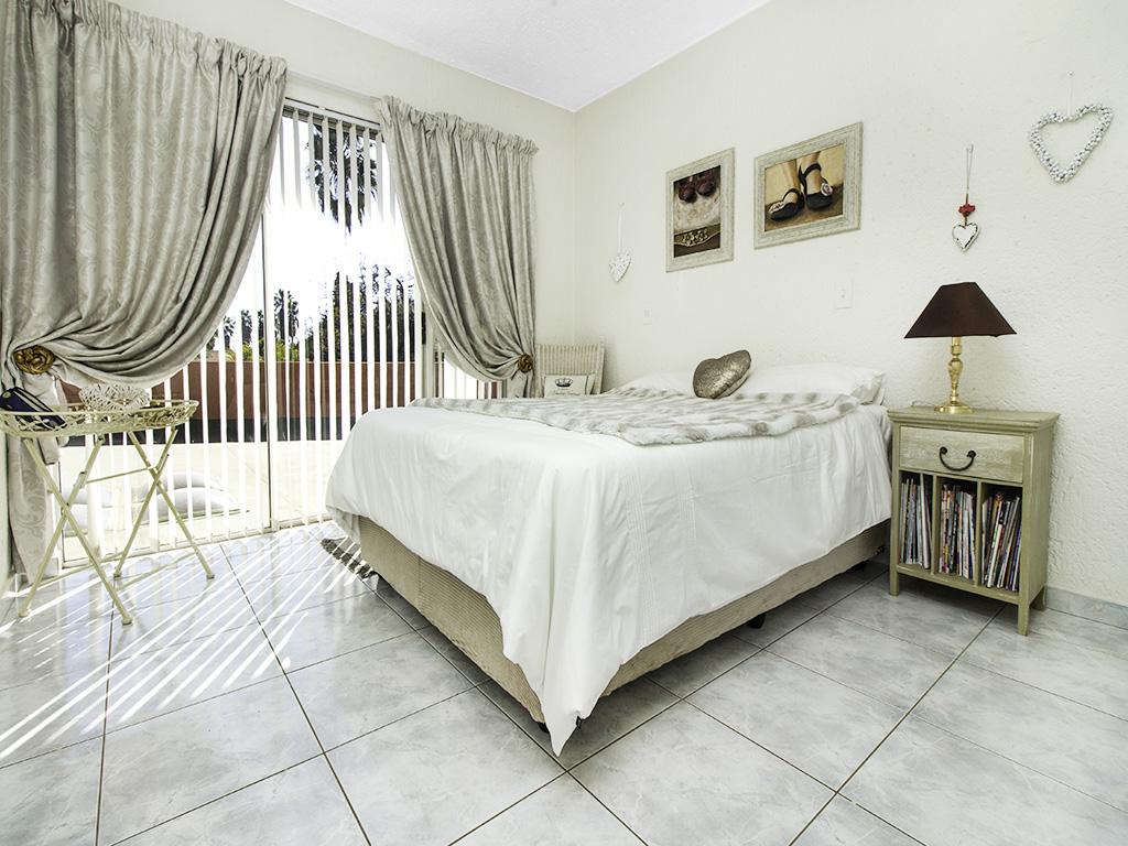 5 Bedroom House for sale in Eldoraigne LH-4829 : photo#27