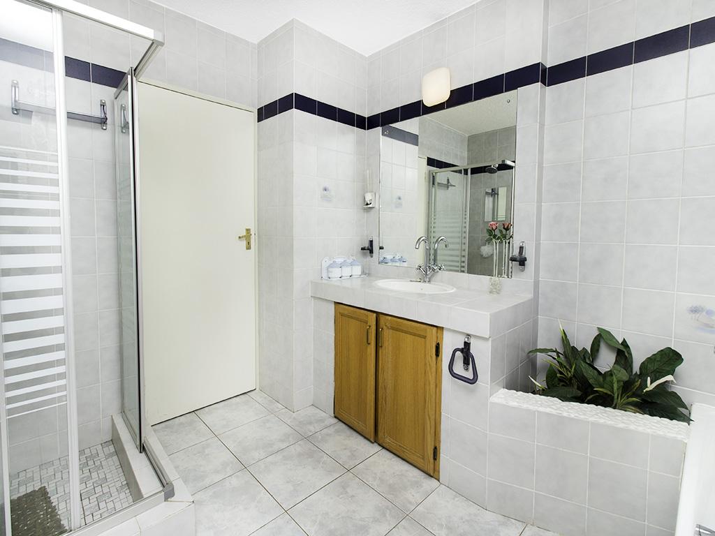 5 Bedroom House for sale in Eldoraigne LH-4829 : photo#15