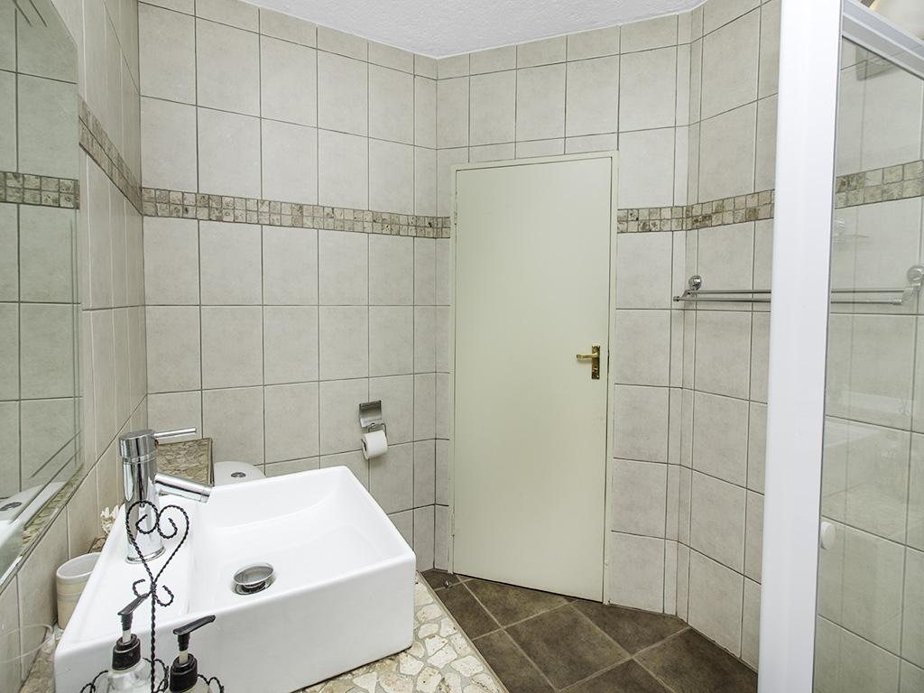 5 Bedroom House for sale in Eldoraigne LH-4829 : photo#30