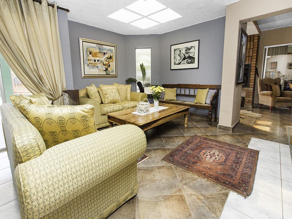 5 Bedroom House for sale in Eldoraigne LH-4829 : photo#9