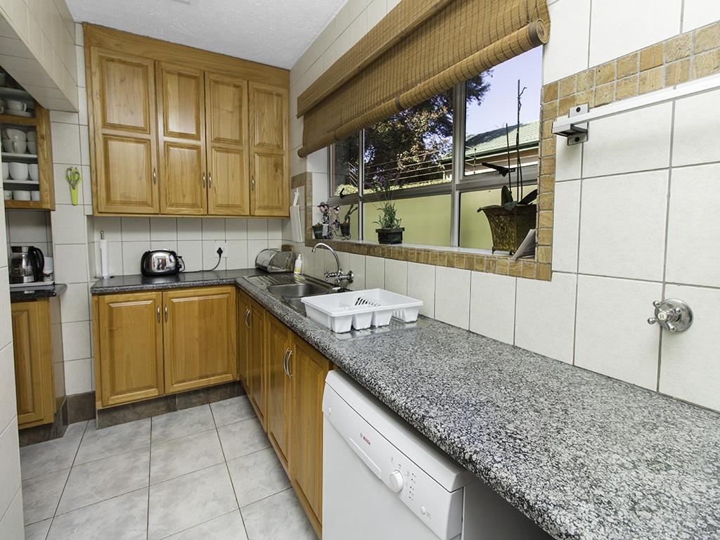 5 Bedroom House for sale in Eldoraigne LH-4829 : photo#7