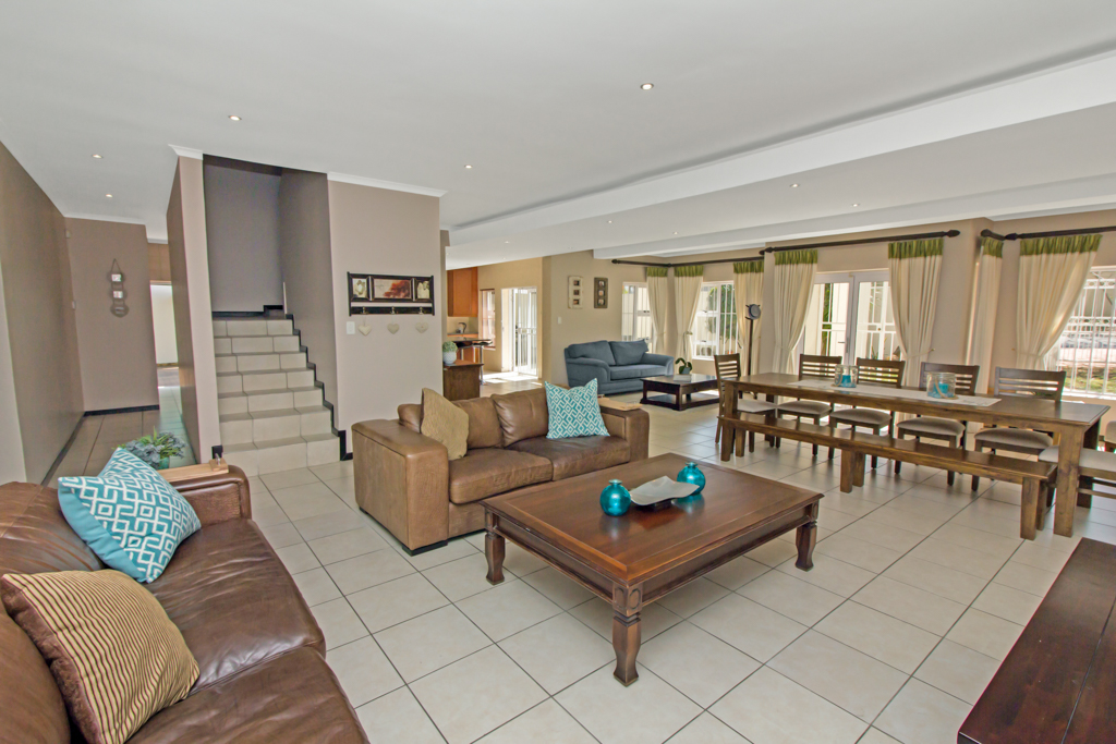 5 Bedroom House for sale in Sunninghill LH-4932 : photo#6