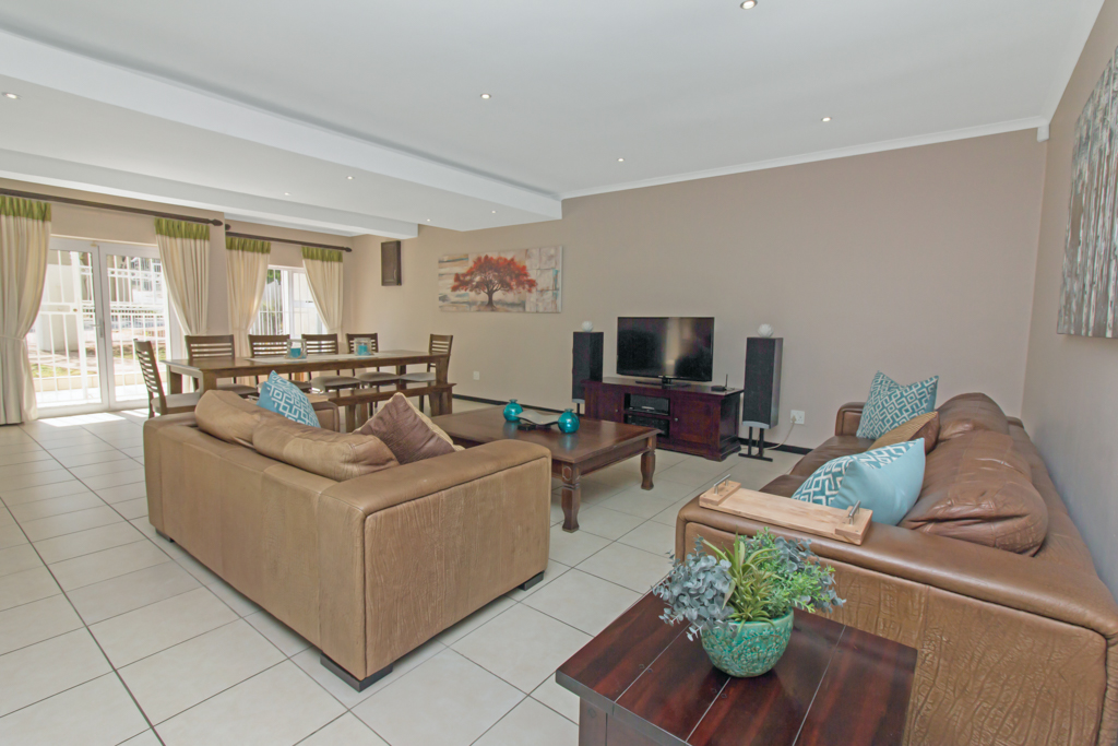 5 Bedroom House for sale in Sunninghill LH-4932 : photo#8