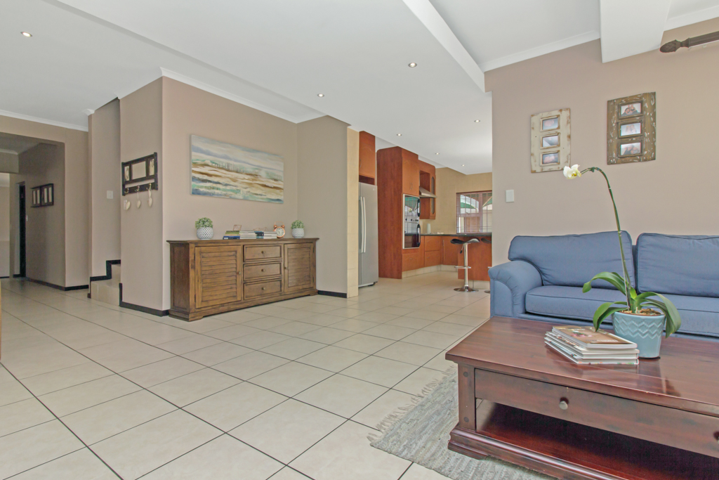 5 Bedroom House for sale in Sunninghill LH-4932 : photo#28