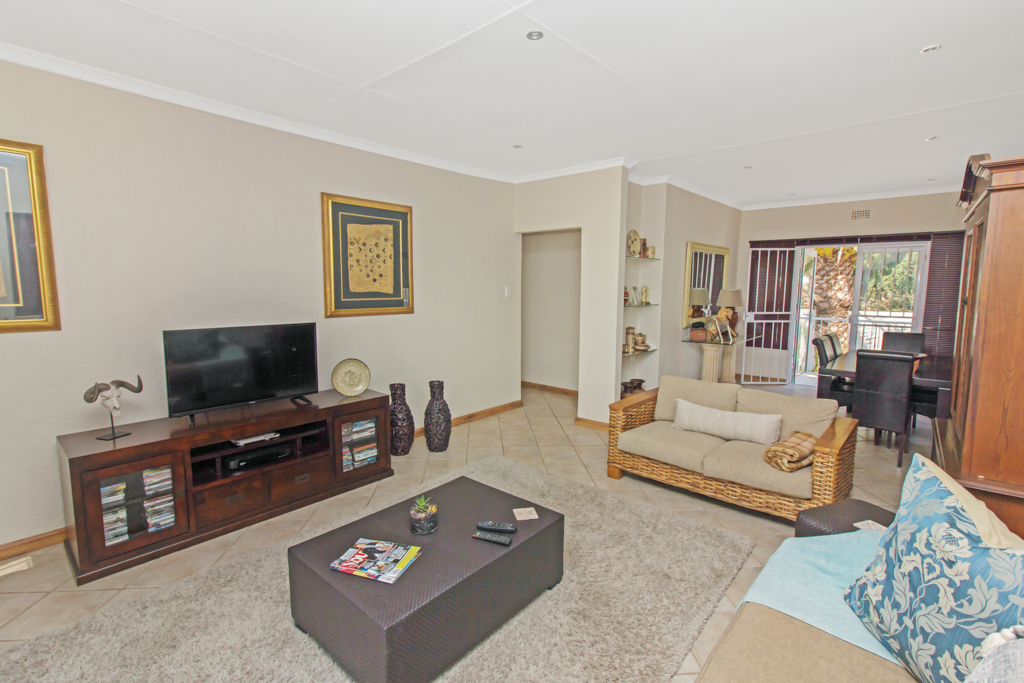5 Bedroom House for sale in Sunninghill LH-4932 : photo#23
