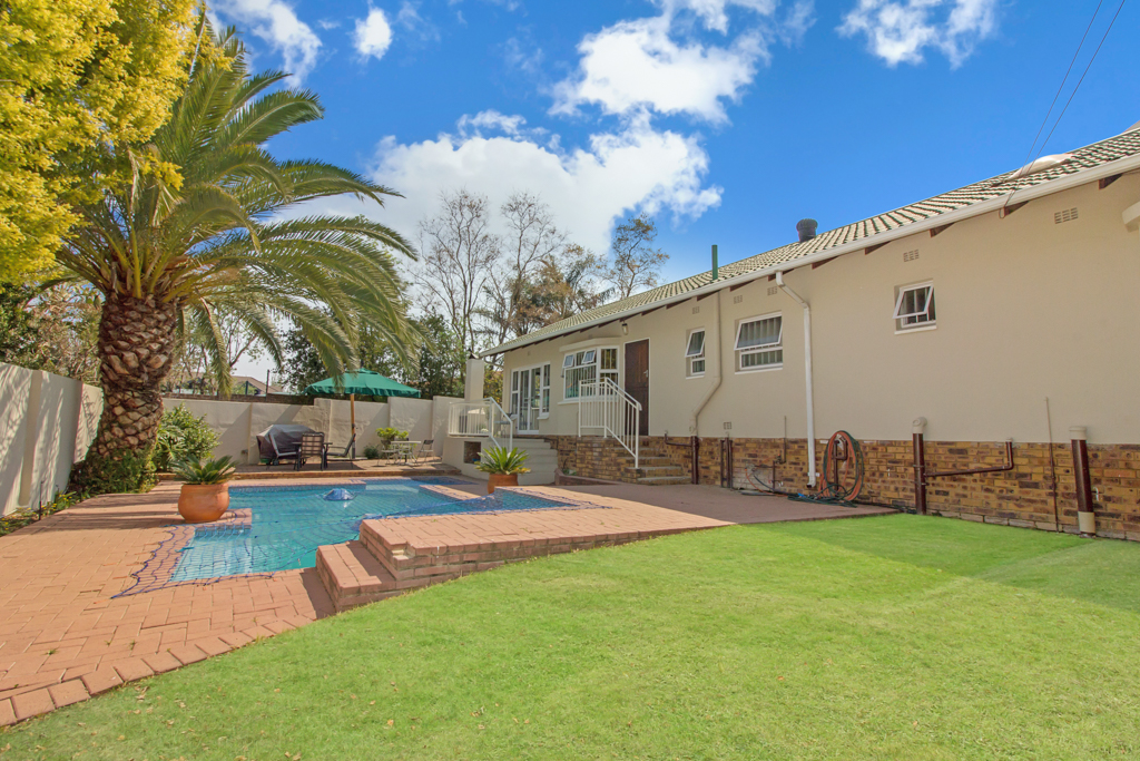 5 Bedroom House for sale in Sunninghill LH-4932 : photo#24