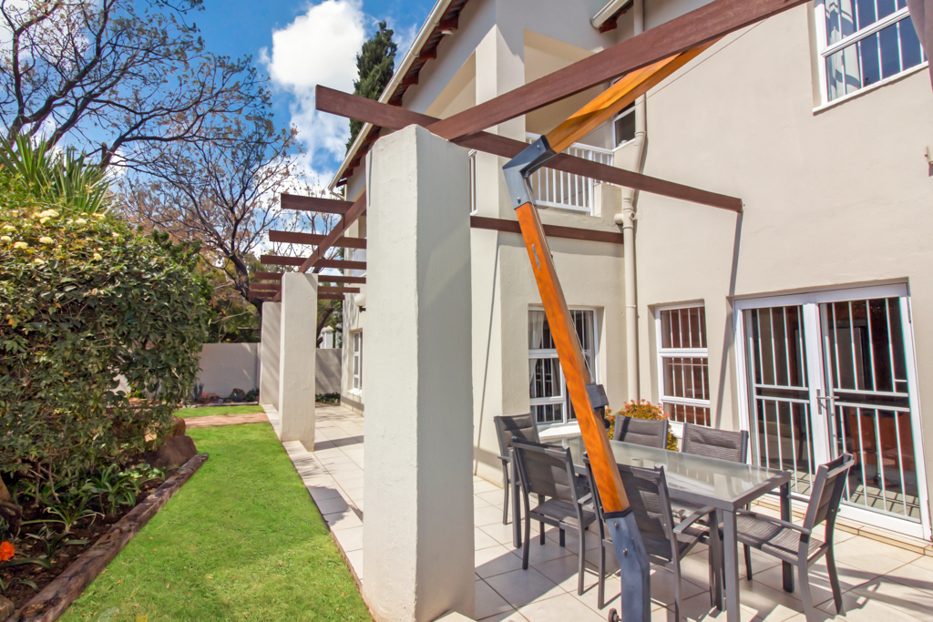 5 Bedroom House for sale in Sunninghill LH-4932 : photo#27